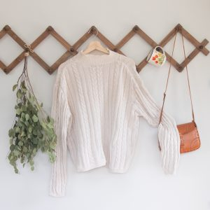 Vintage Oatmeal Cable Knit Sweater